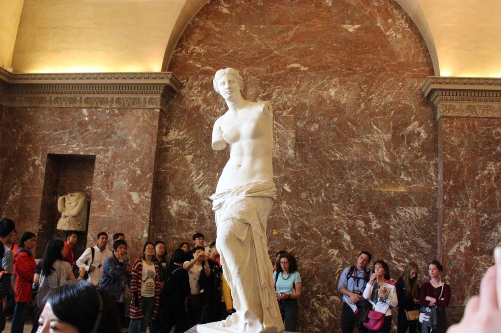 avrupa rüyası paris louvre müzesi Venüs de Milo