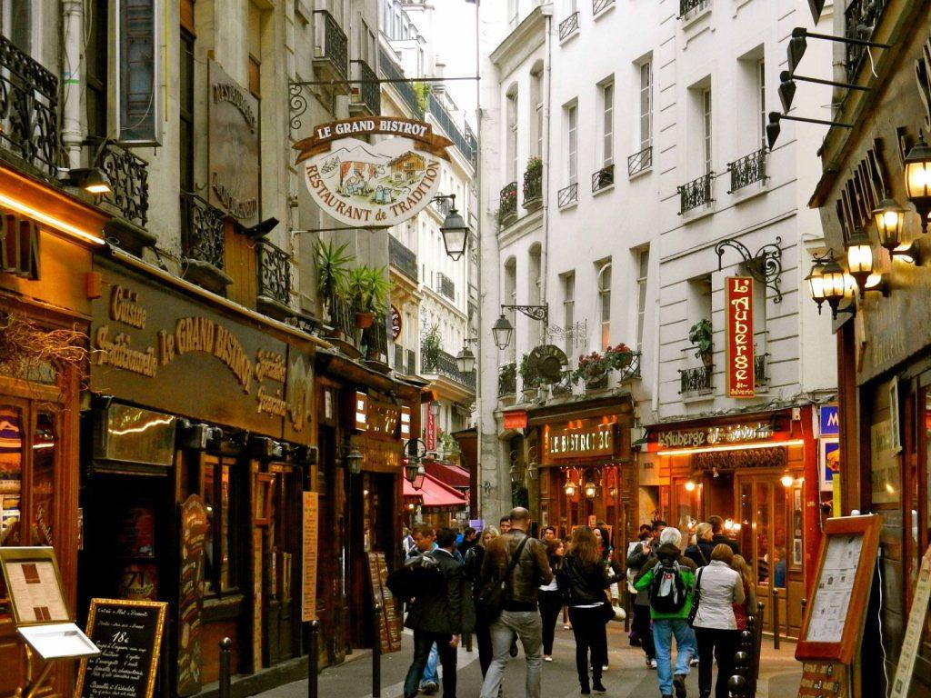 avrupa rüyası fransa paris Rue Mouffetard, Latin Quarter
