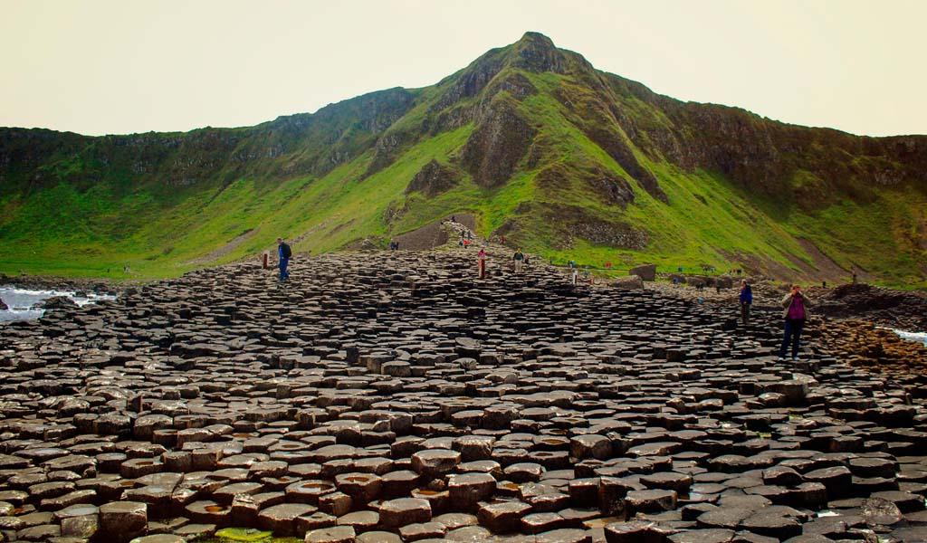 Kuzey İrlanda Devler Kaldırımı