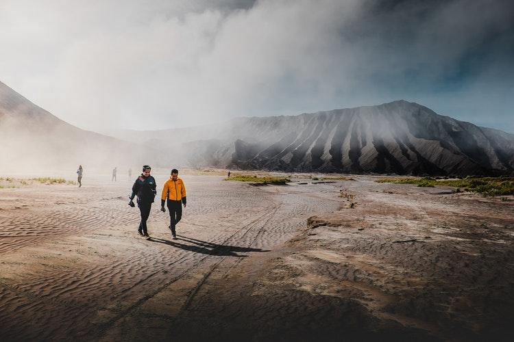 Free Walking Tour Nedir? Ücretsiz Yürüyüş Turları Nasıl Bulunur?