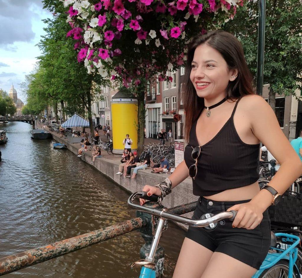 amsterdam-hollanda-gezginlerin-en-çok-gezdiği-şehirler